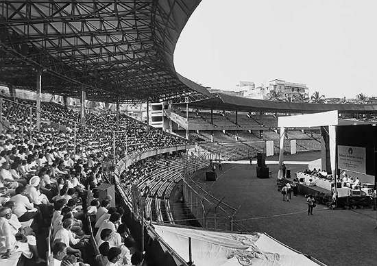 Reliance AGM in Wankhede Stadium in 1994